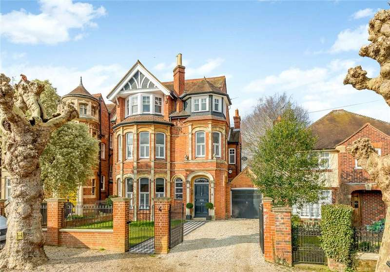 6 Bedrooms Detached House for sale in Norman Avenue, Henley-on-Thames, RG9