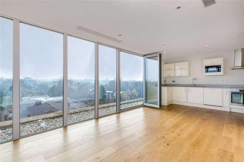 2 Bedrooms Flat for sale in Millbrooke Court, Keswick Road, Putney, London