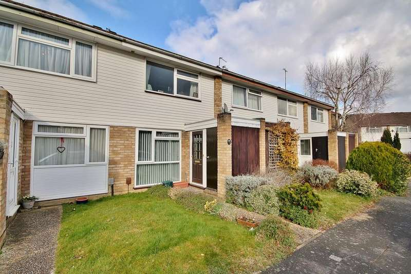 2 Bedrooms Terraced House for sale in St. John's, Woking