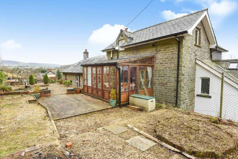 5 Bedrooms Detached House for sale in Old Court House, Brecon LD3 8SL, LD3