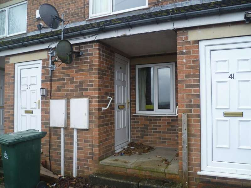 1 Bedroom Ground Flat for rent in Throxenby Way, Clayton