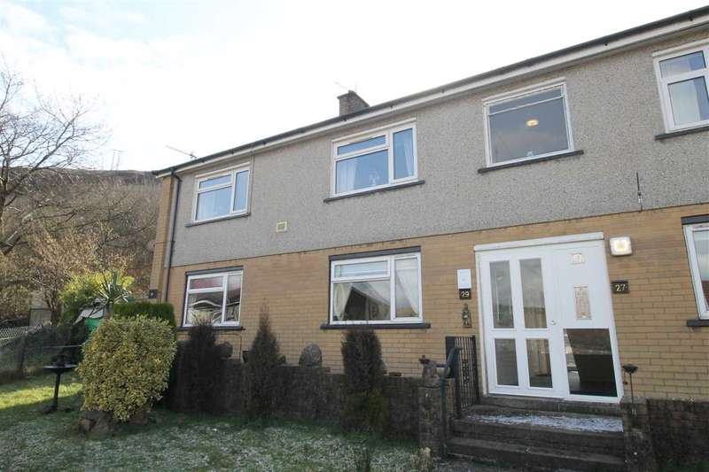 1 Bedroom Apartment Flat for sale in Maes Bedw, Cymmer