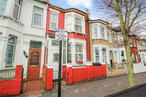 5 Bedrooms Terraced House for sale in Farmilo Road, London