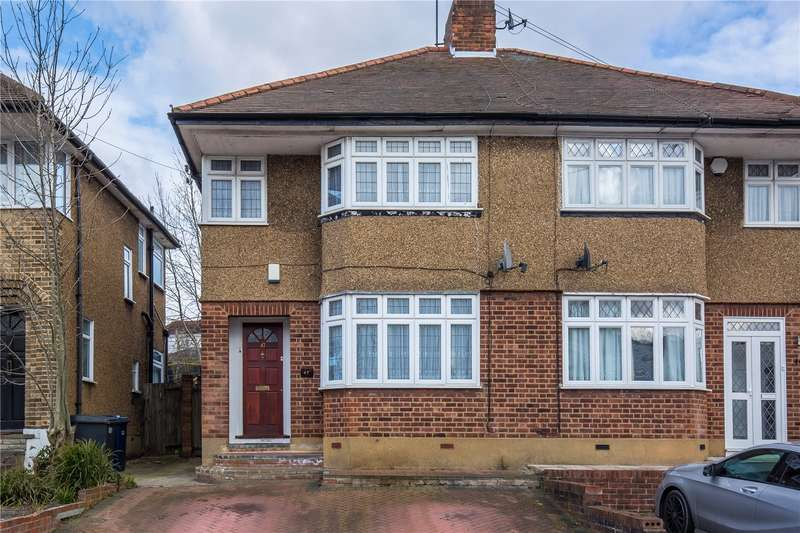 3 Bedrooms Semi Detached House for sale in Whitehouse Way, Southgate, London, N14