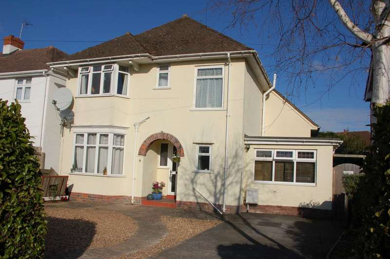 3 Bedrooms Detached House for sale in Parkfield Drive, Taunton