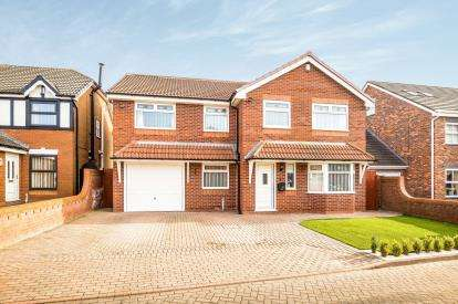 4 Bedrooms Detached House for sale in Cedardale Park, Widnes, Cheshire, WA8