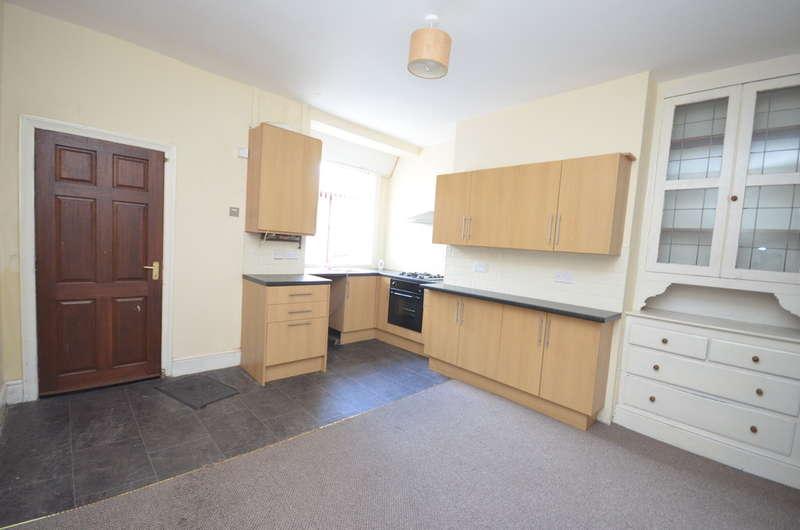 2 Bedrooms Terraced House for sale in Frances Street, Darwen
