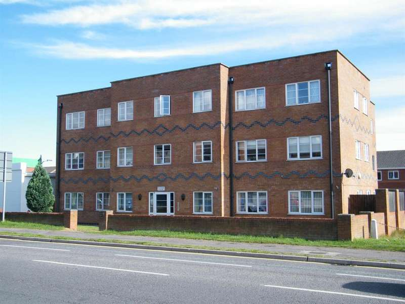 2 Bedrooms Ground Flat for sale in Roman Bank, Skegness, PE25 1QB
