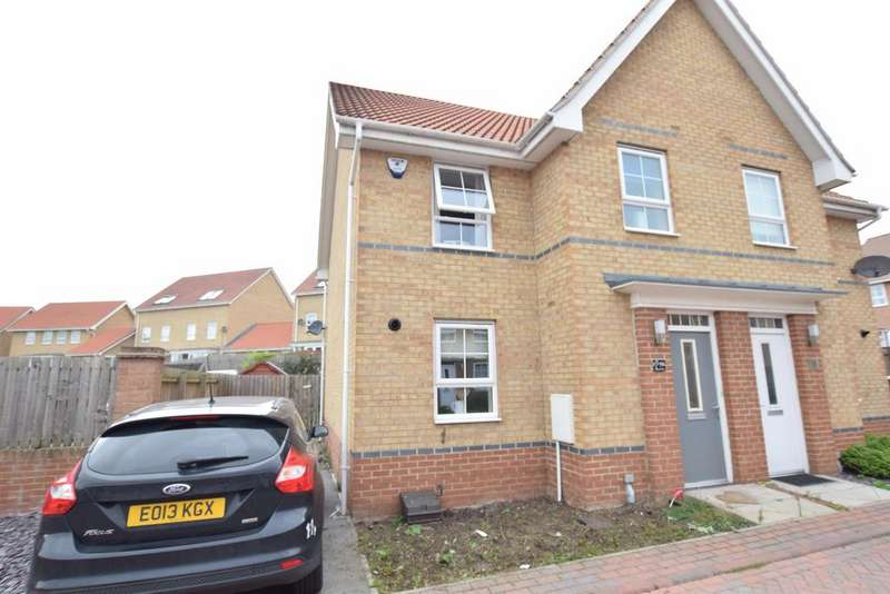3 Bedrooms Semi Detached House for sale in Osprey Drive, Scunthorpe, DN16 3EZ