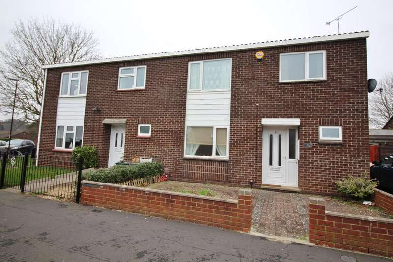 3 Bedrooms Semi Detached House for sale in Sheldrake Drive, Stapleton , Bristol, Avon