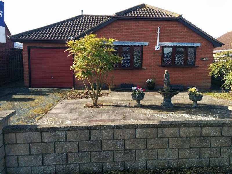 3 Bedrooms Detached Bungalow for sale in St Margarets Avenue, Skegness, Lincs, PE25 2LX