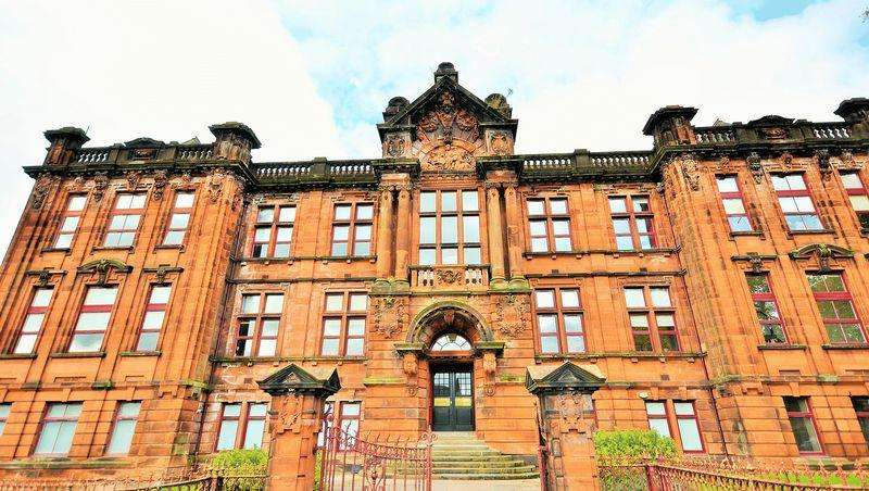 1 Bedroom Ground Flat for sale in 8 Academy Apartments, Elmbank Avenue,Kilmarnock, KA1 3BT