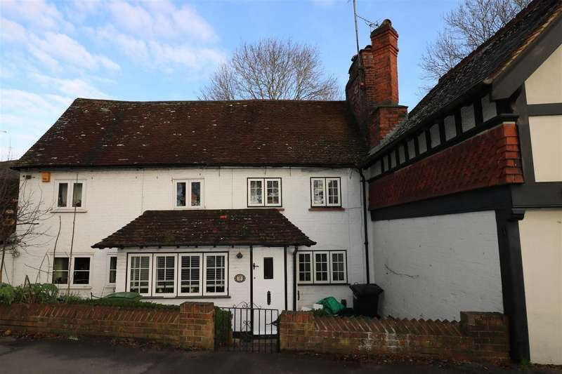 2 Bedrooms Terraced House for sale in Bath Road, Calcot, Reading
