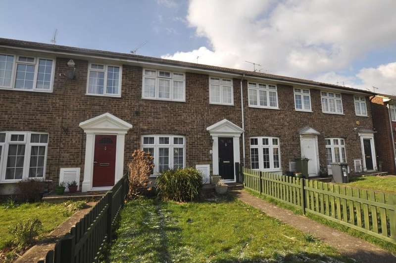 3 Bedrooms Terraced House for sale in Broadacres, Guildford