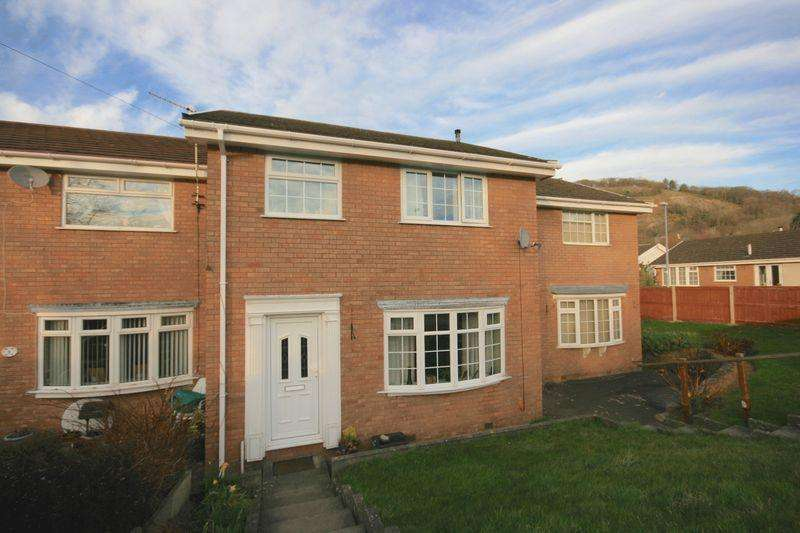 3 Bedrooms Terraced House for sale in The Meadows, Llandudno Junction