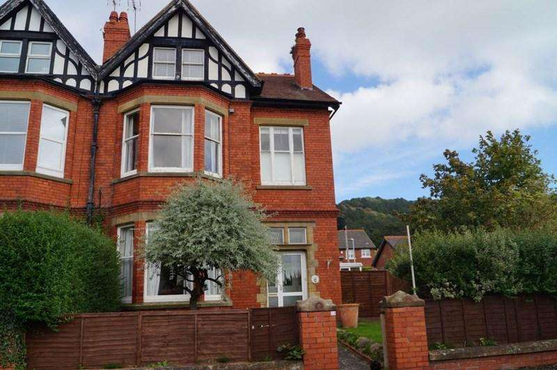 6 Bedrooms Semi Detached House for sale in 13 Harcourt Road, Llandudno