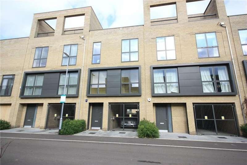 3 Bedrooms Terraced House for sale in Plantation Avenue, Trumpington, Cambridge, CB2
