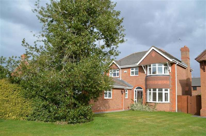 4 Bedrooms Detached House for sale in Manor Park Drive, Great Sutton, CH66