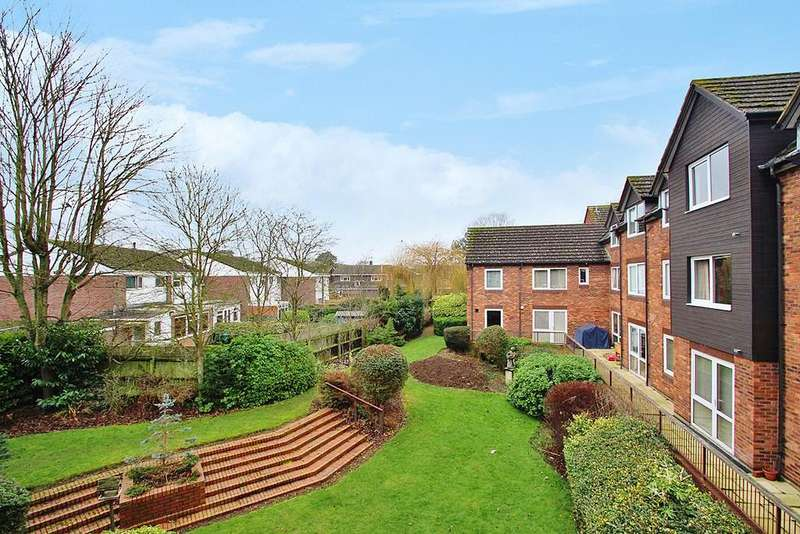 2 Bedrooms Apartment Flat for sale in Caldecott Road, Abingdon