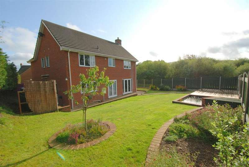 4 Bedrooms Detached House for sale in Pant-Y-Dwr, Rhayader