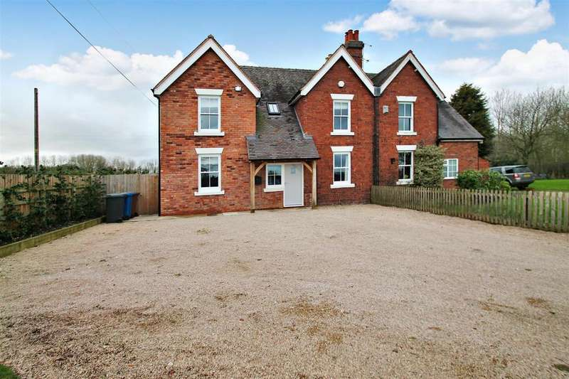 4 Bedrooms Cottage House for rent in Alrewas Hayes, Alrewas, Burton-On-Trent