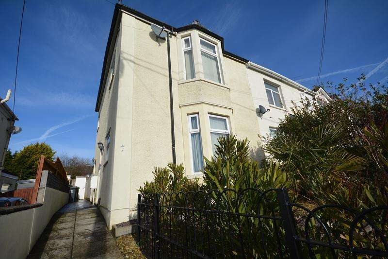 2 Bedrooms Flat for sale in Ty Fry Road, Rumney, Cardiff. CF3