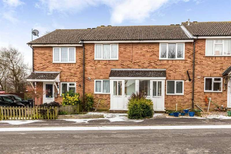 2 Bedrooms Terraced House for sale in Howlett Drive, Hailsham