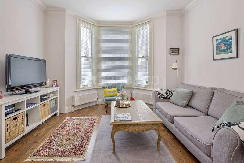 2 Bedrooms Flat for sale in Saltram Crescent, Maida Vale, London, W9