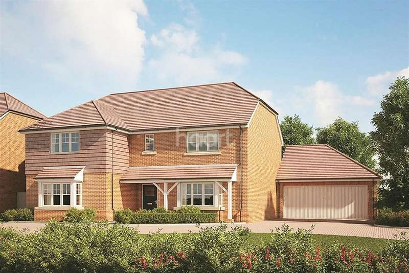 5 Bedrooms Detached House for sale in Montfort Place