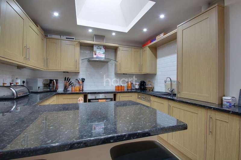 3 Bedrooms Terraced House for sale in Granville Road, Sheerness