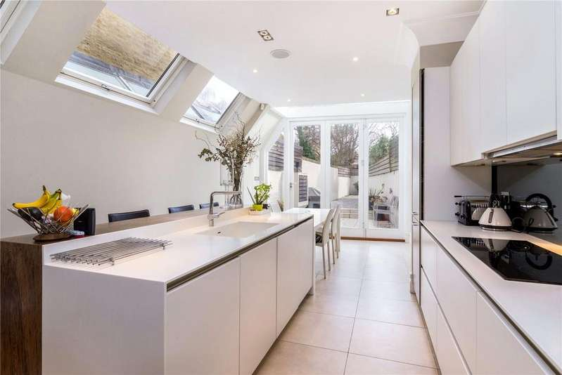 5 Bedrooms Terraced House for sale in Stokenchurch Street, Fulham, London, SW6