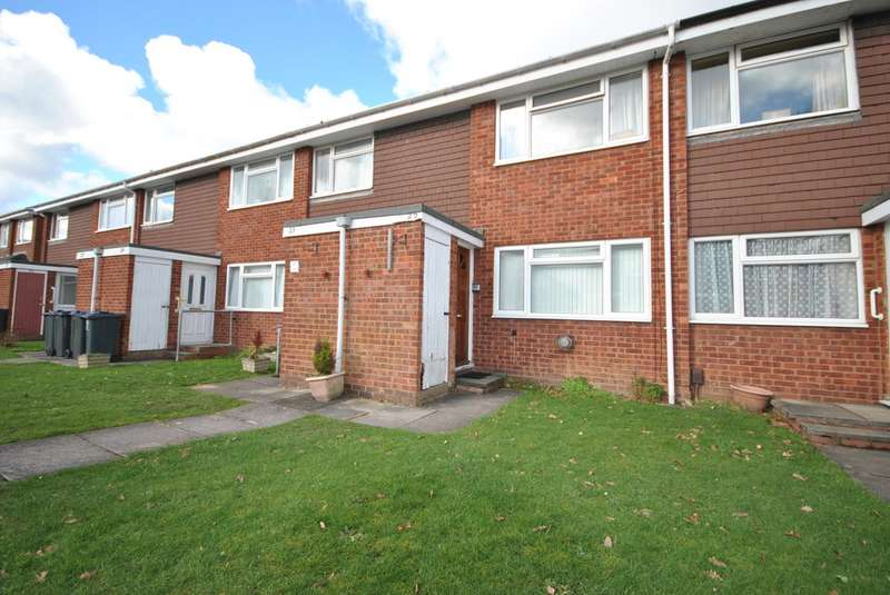 2 Bedrooms Maisonette Flat for sale in Overton Close, Hall Green B28