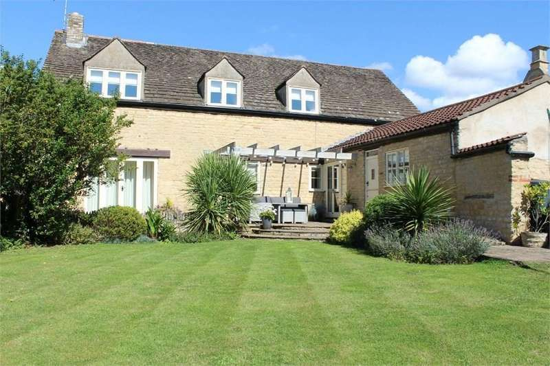4 Bedrooms Barn Conversion Character Property for sale in Woodgate Lane, Maxey, PETERBOROUGH, PE6
