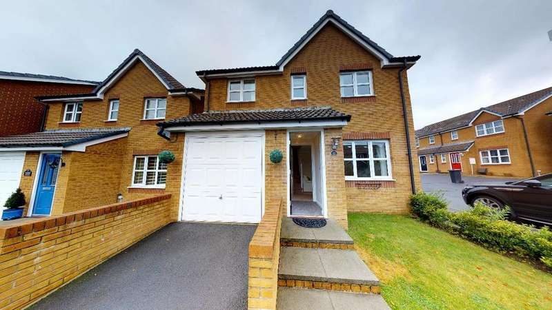 4 Bedrooms Detached House for sale in Harris Court, Quakers Yard, CF46 5LX