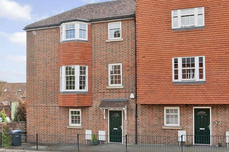 4 Bedrooms House for rent in St Johns Mews, New Road, Marlborough, Wiltshire, SN8