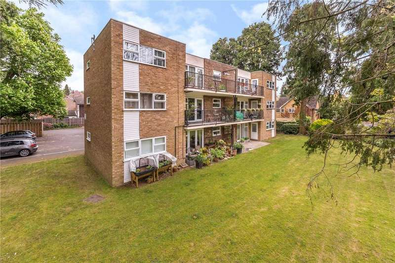 2 Bedrooms Flat for sale in Ferndale, Harpenden, Hertfordshire