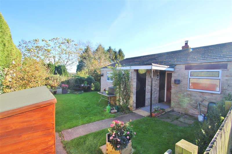 2 Bedrooms Bungalow for sale in Simons Way, Shalstone