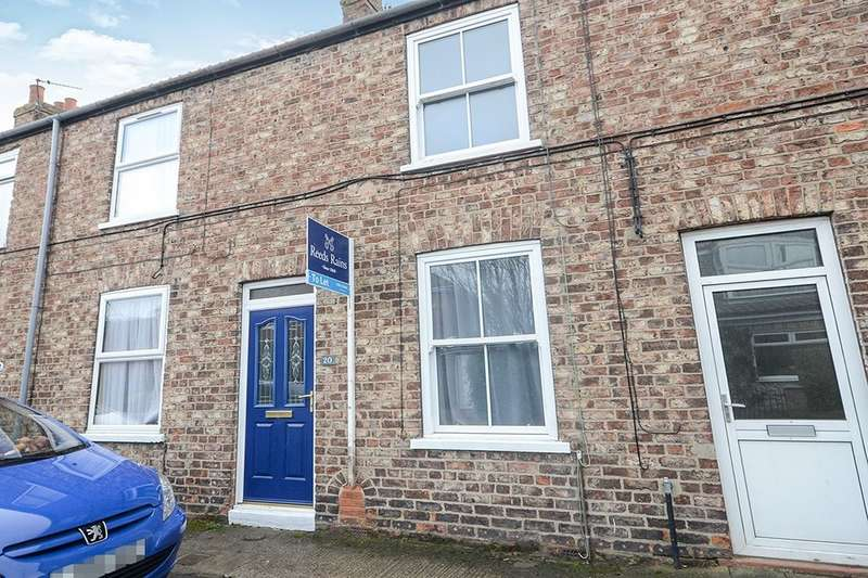 2 Bedrooms Property for rent in North Lane, Haxby, York, YO32