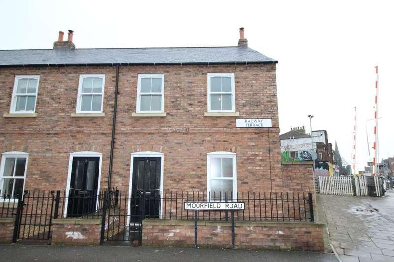 3 Bedrooms Terraced House for rent in Moorfield Road, Bridlington, YO16