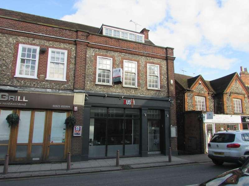 3 Bedrooms Flat for rent in Watling Street, Radlett
