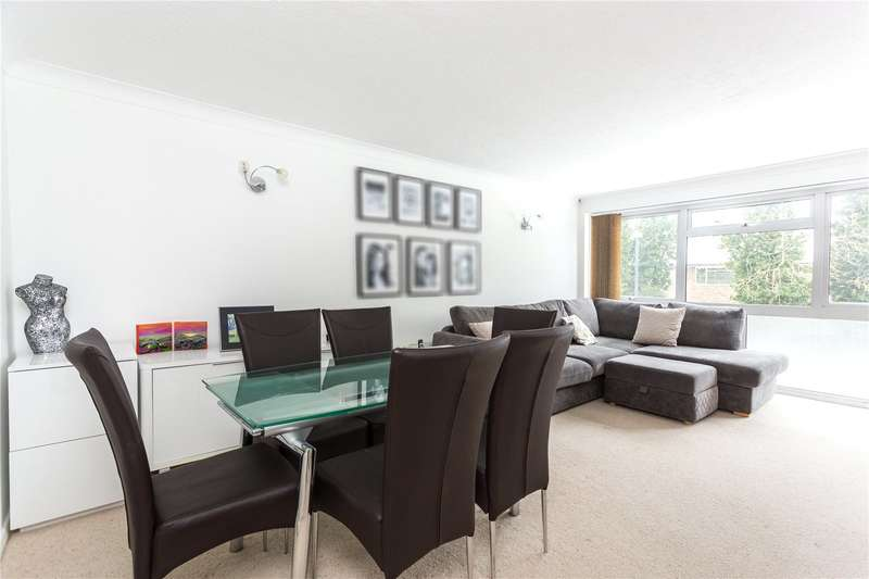 2 Bedrooms Flat for sale in Aran Drive, Stanmore, HA7