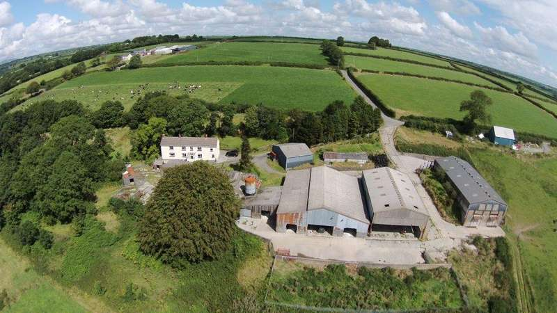 5 Bedrooms Farm Commercial for sale in Cwmbach, Whitland, Carmarthenshire SA34