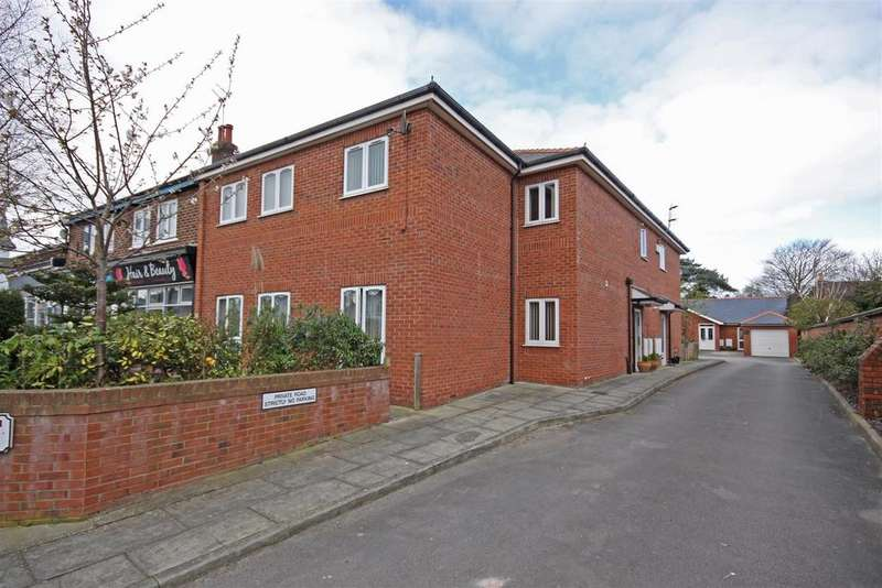 2 Bedrooms Flat for sale in Valve House Courtyard, Liverpool Road, Southport