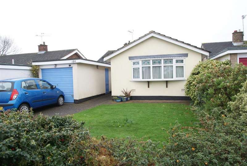 2 Bedrooms Detached Bungalow for sale in Green Lane, Leigh-On-Sea