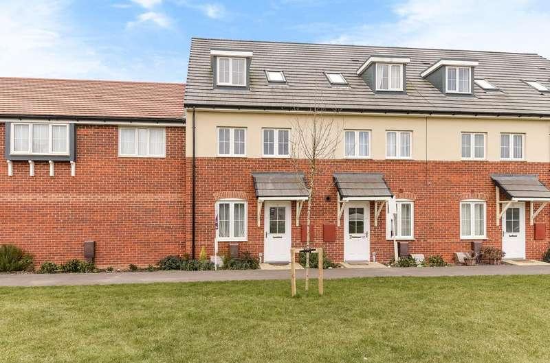 4 Bedrooms House for sale in Meaden Way, Felpham, Bognor Regis, PO22
