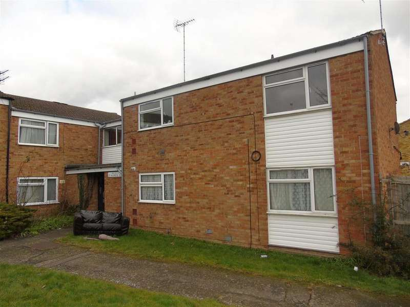 2 Bedrooms Flat for sale in St. Audreys Close, Hatfield