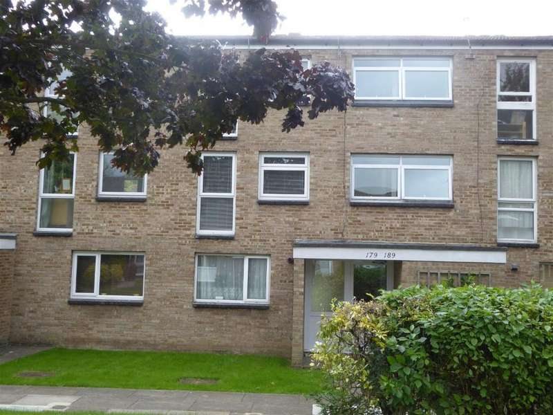 1 Bedroom Flat for sale in Friars Wood, Pixton Way, Forestdale, CR0 9JN