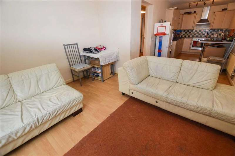 2 Bedrooms Apartment Flat for sale in The Park, Old Trafford, Greater Manchester, M32
