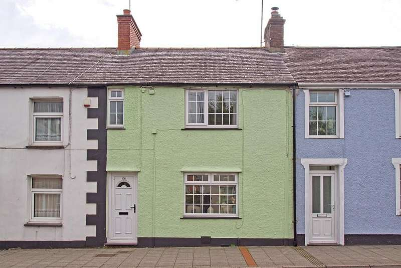 2 Bedrooms Terraced House for sale in High Street, Menai Bridge, North Wales
