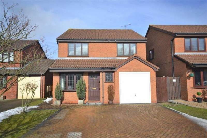 4 Bedrooms Detached House for sale in Redruth Close, Horeston Grange, Nuneaton